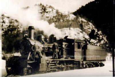 Tren en estación de Sierra Nevada (?) principios de los años 70.