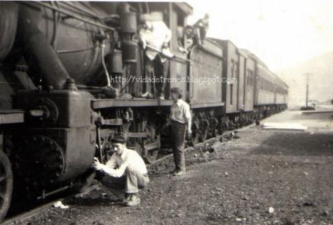 Tren en estación de Lonquimay principios de los años 70.